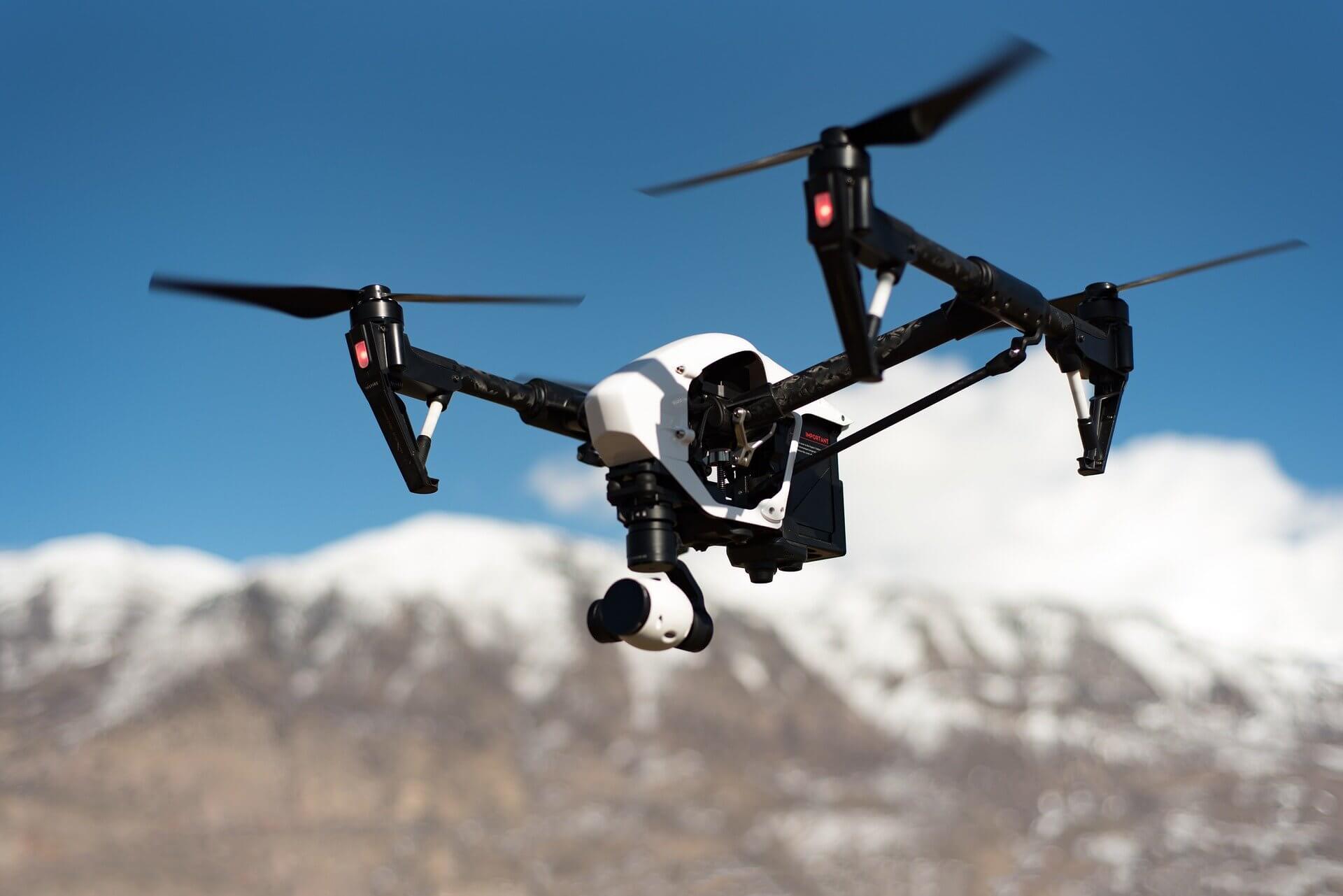 come i droni minacciano la privacy
